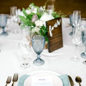 succulent table setting menu and table number